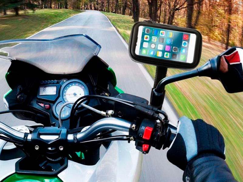 Manejar con el GPS de los celulares ¡Peligro inminente!